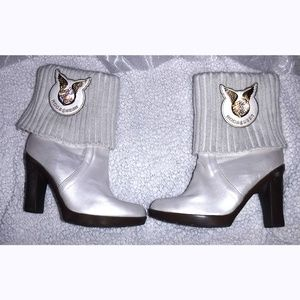 RocaWear cream pearl boots